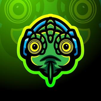 Projekt maskotki z logo e-sportowego kameleona