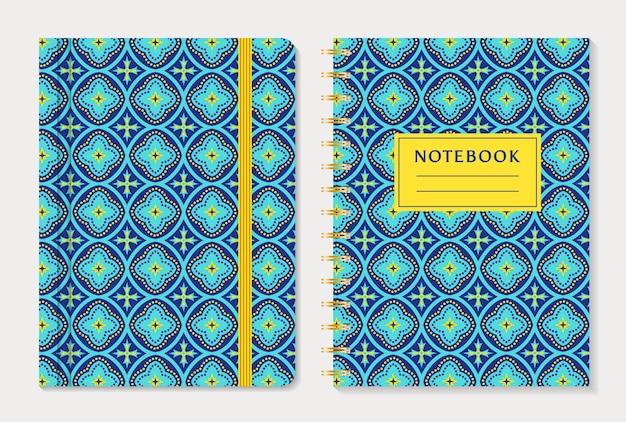 Projekt okładki notebooka z abstrakcyjny wzór niebieski i żółty. styl orientalny, zestaw.
