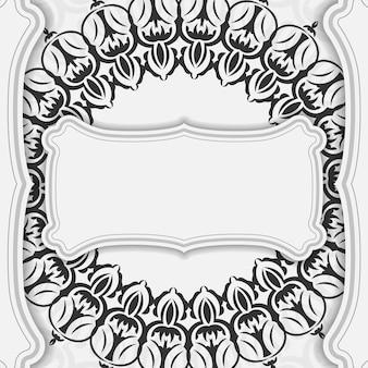 Projekt pocztówki białe kolory z mandalami. projekt karty zaproszenie z miejscem na twój tekst i ozdoby vintage.