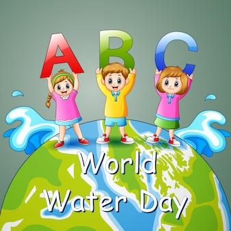 Projekt światowego dnia wody z dziećmi trzymającymi literę abc