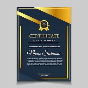 Projekt szablonu certyfikatu z granatowymi i luksusowymi nowoczesnymi kształtami