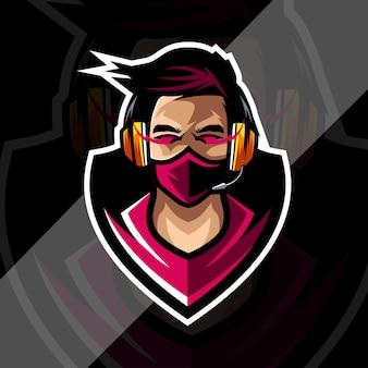 Projekt szablonu e-sportowego logo maskotki graczy