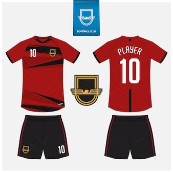 Projekt szablonu koszulki piłkarskiej lub zestawu piłkarskiego.