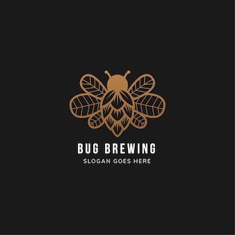 Projekt szablonu logo browaru błędów użyj brązowego koloru na czarnym tle. połączenie robaka, chmielowego piwa i liści na skrzydle.