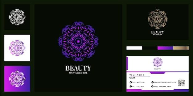 Projekt szablonu luksusowego logo mandali lub ornamentu z wizytówką.