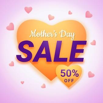 Projekt złotego kształtu serca z tekstem dzień matki na wyprzedaży, z ofertą 50% rabatu.