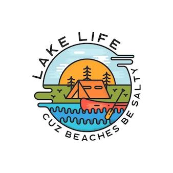 Projektowanie logo lake life. nowoczesny styl liquid dynamic. naklejka z plakietką podróżniczą.