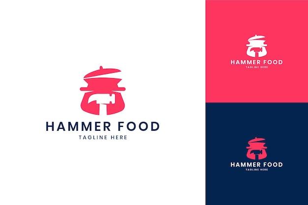 Projektowanie logo negatywnej przestrzeni hammer food
