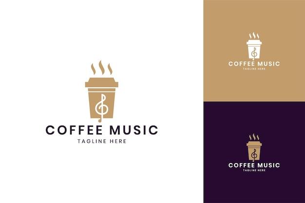 Projektowanie logo negatywnej przestrzeni muzycznej kawy
