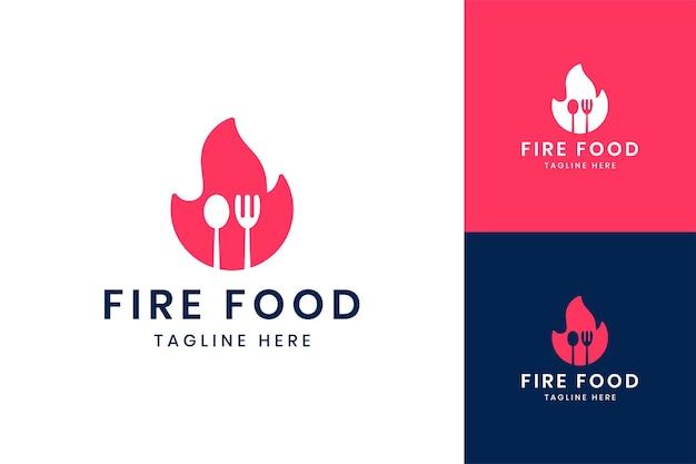 Projektowanie logo negatywnej przestrzeni ognia żywności