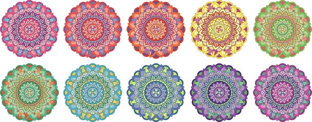 Projekty kolekcji mandali na białym tle