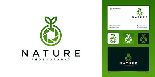 Projekty logo fotografii przyrody aparatu i szablon wizytówki