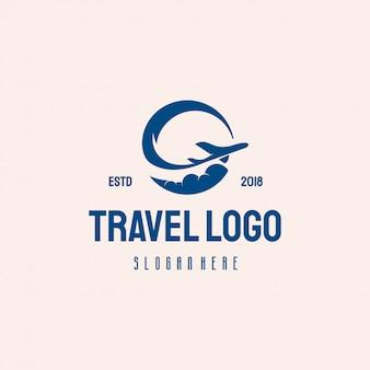 Proste logo podróży vintage logo w stylu retro projektuje wektor