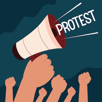 Protest podniósł ręce