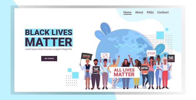 Protestujący z czarnym życiem mają znaczenie kampania informacyjna przeciwko dyskryminacji rasowej