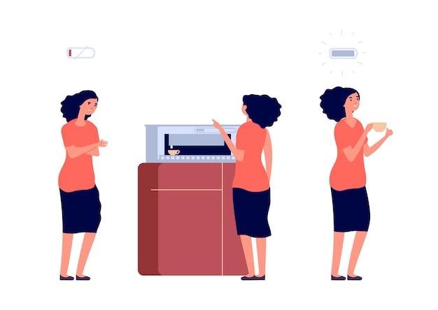Przerwa na kawę. kobieta doładowała energię. napój energetyzujący dla bizneswoman.