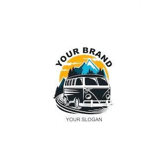 Przygoda z logo samochodu