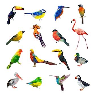 Ptaki wielokątne. geometryczne stylizowane zwierzęta zestaw latające kolorowe ptaki low poly zestaw. geometryczne wielokątne origami, ilustracja kolorowy zwierząt