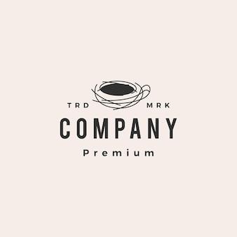 Ptasie gniazdo kawy hipster vintage logo
