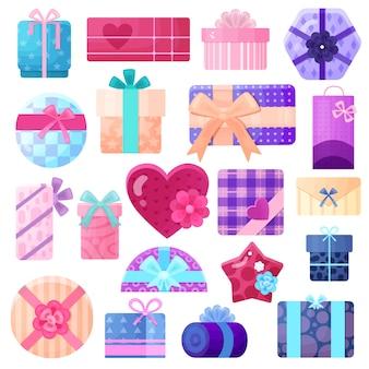 Pudełka na prezenty i paczki ustawione na urodziny i inne święta mieszkanie na białym tle
