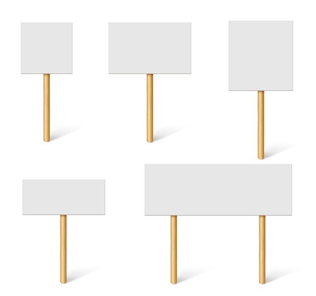 Puste banery demonstracyjne. tablice protestacyjne, przejrzystość publiczna z drewnianymi uchwytami. płyty kampanii z patykami wektor makieta 3d