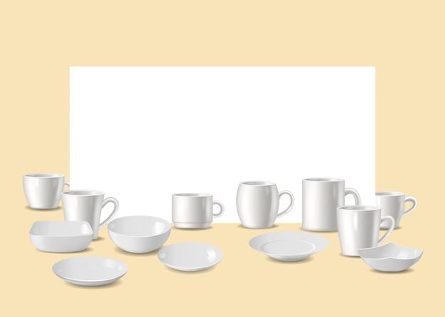 Puste białe naczynia, przybory do baru lub restauracji