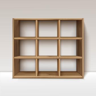 Puste drewniane półki drewniane półki na białym tle na tle ściany