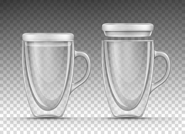 Puste kubki szklane z uchwytem i pokrywką w realistycznym stylu
