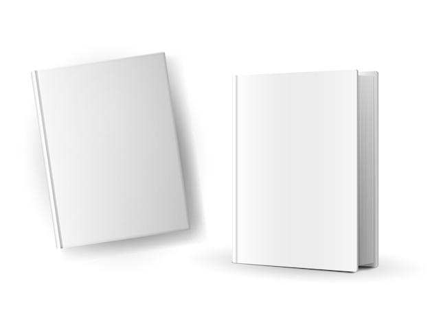 Puste okładki książek na białym tle