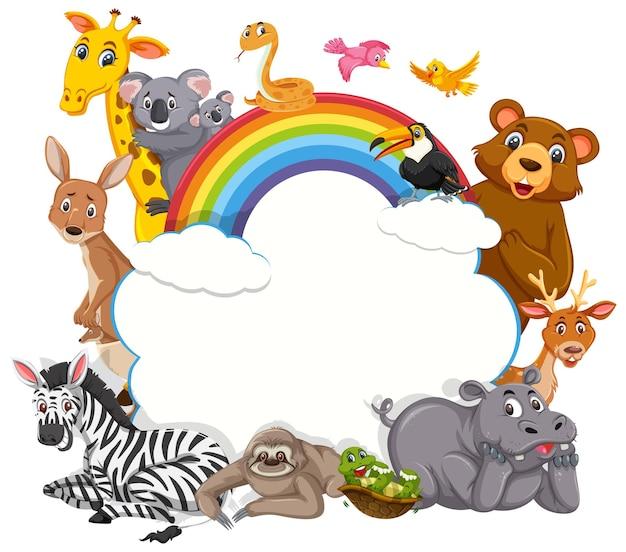 Pusty baner w chmurze z różnymi dzikimi zwierzętami