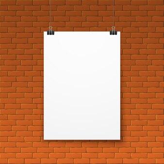 Pusty biały plakat na czerwonym ściana z cegieł
