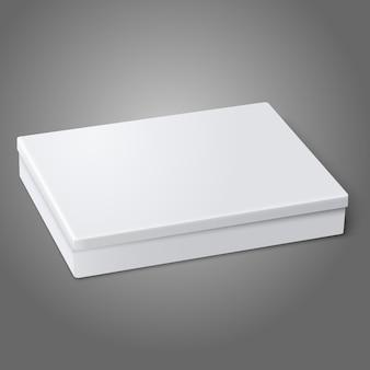 Pusty biały płaski pakiet pole leżącego na białym tle na szarym tle. do projektowania i brandingu.