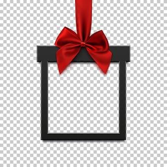 Pusty, czarny kwadratowy baner w formie prezentu świątecznego z czerwoną wstążką i kokardką, na przezroczystym tle.