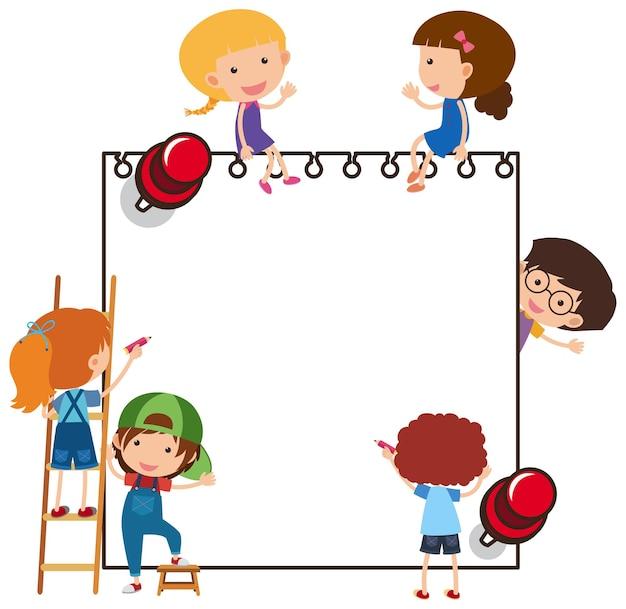 Pusty papier z wieloma postaciami z kreskówek dla dzieci na białym tle