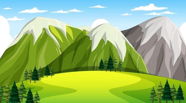 Pusty park przyrody krajobraz w scenie dziennej z górskim tłem