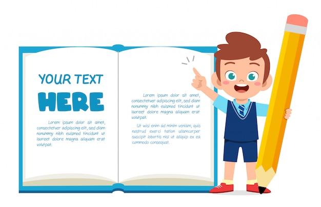 Pusty szablon książki uwaga z słodkie małe dziecko
