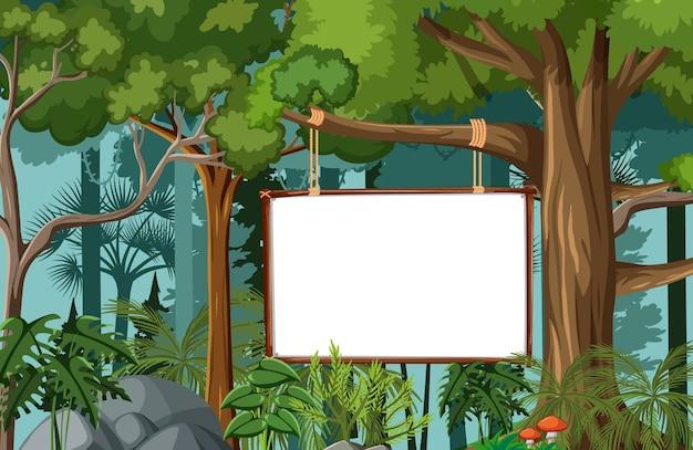 Pusty sztandar w scenie lasu deszczowego z dzikimi zwierzętami