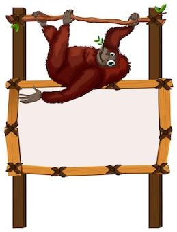 Rabatowy szablon z małpą na gałąź