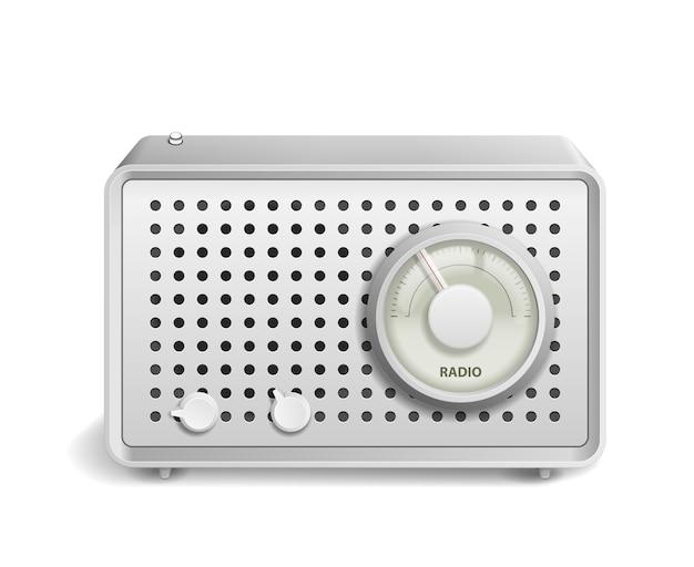 Radio retro na białym tle