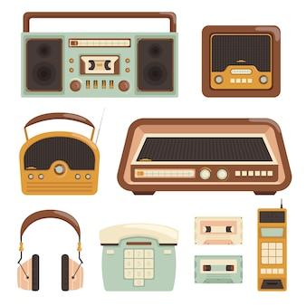Radio retro. technologii elektronicznej z lat 80-tych aparat fotograficzny telefon przedmioty multimedialne ilustracje wektorowe