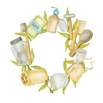 Ramka na akcesoria łazienkowe zero waste. szczotka z naturalnego sizalu, drewniany grzebień, mydło w kostce, kostki szamponu, maszynka do golenia, bawełniane płatki do demakijażu wielokrotnego użytku w szklanym pojemniku. ekologiczna koncepcja higieny.