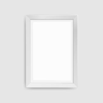 Ramka na zdjęcia realistyczne na białym tle