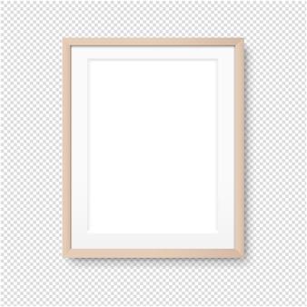 Ramka na zdjęcia z drewna na białym tle