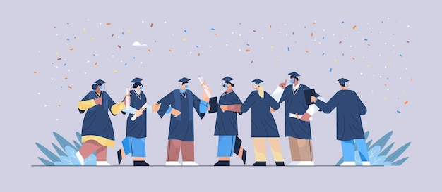 Rasa mieszana absolwenci w maskach stoją razem szczęśliwi absolwenci świętują dyplom akademicki dyplom ukończenia studiów dyplom ukończenia studiów wyższych