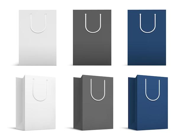 Realistyczna makieta toreb na zakupy. białe, czarne papierowe opakowania, izolowany front 3d i obrócone puste opakowanie prezentowe. puste pakiety wektor zestaw. pusta makieta torby, pakiet papierowy, ilustracja rynku pustego pudełka