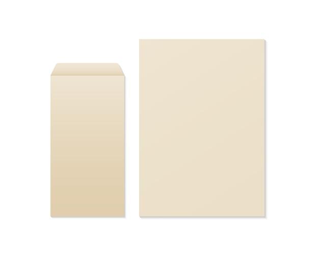 Realistyczna pusta koperta i papier kraft. makieta koperty i papieru. szablon tożsamości biznesowej i brandingowej.