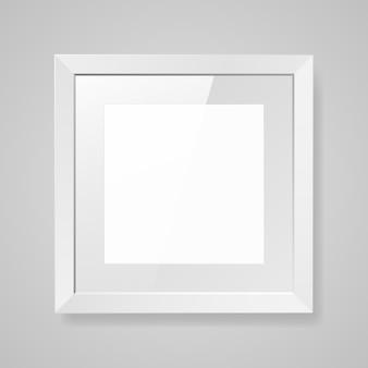 Realistyczna pusta kwadratowa biała ramka ze szkłem