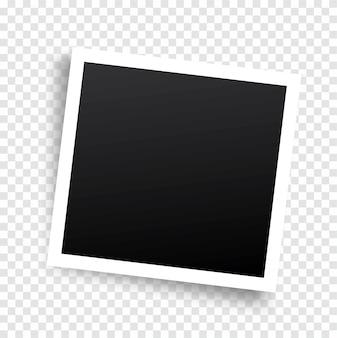 Realistyczna ramka na zdjęcia z makietą wektora cienia na przezroczystym