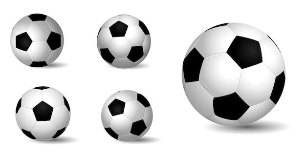 Realistyczna skórzana piłka sportowa na białym tle lub sportowa piłka z bliska