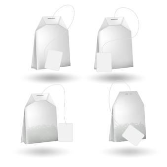 Realistyczna torebka herbaty na białym tle.
